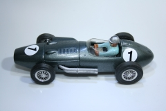909 Aston Martin DBR5-250 1960 R Salvadori Scratch Build