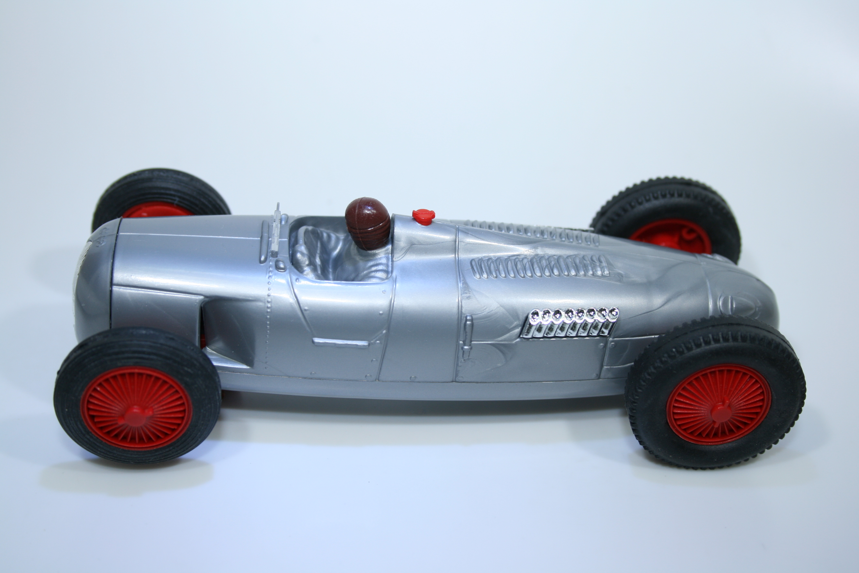 1102 Auto Union Type C 1936 B Rosemeyer Pink Kar MC002 1999 Pre Production