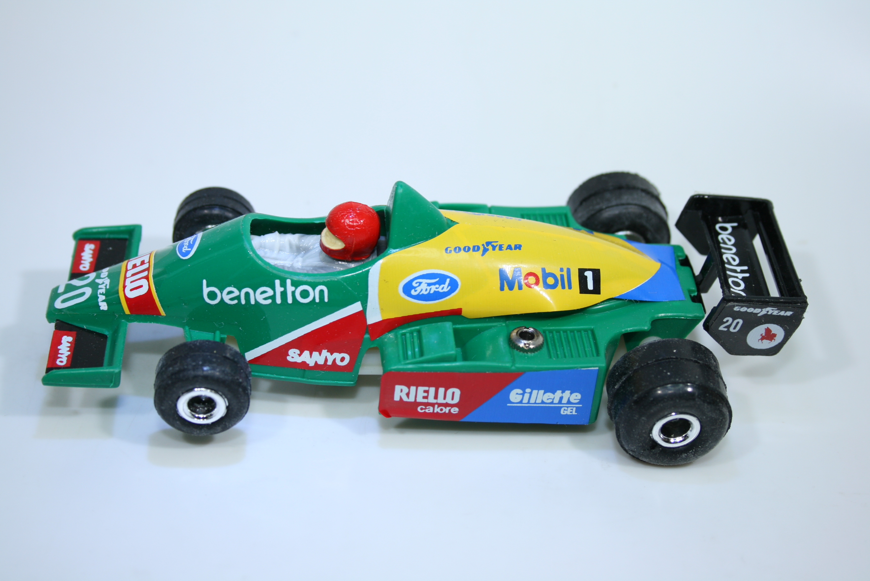 1592 Benetton B188 1988 T Boutsen Polistil 32239-9  1990 Boxed