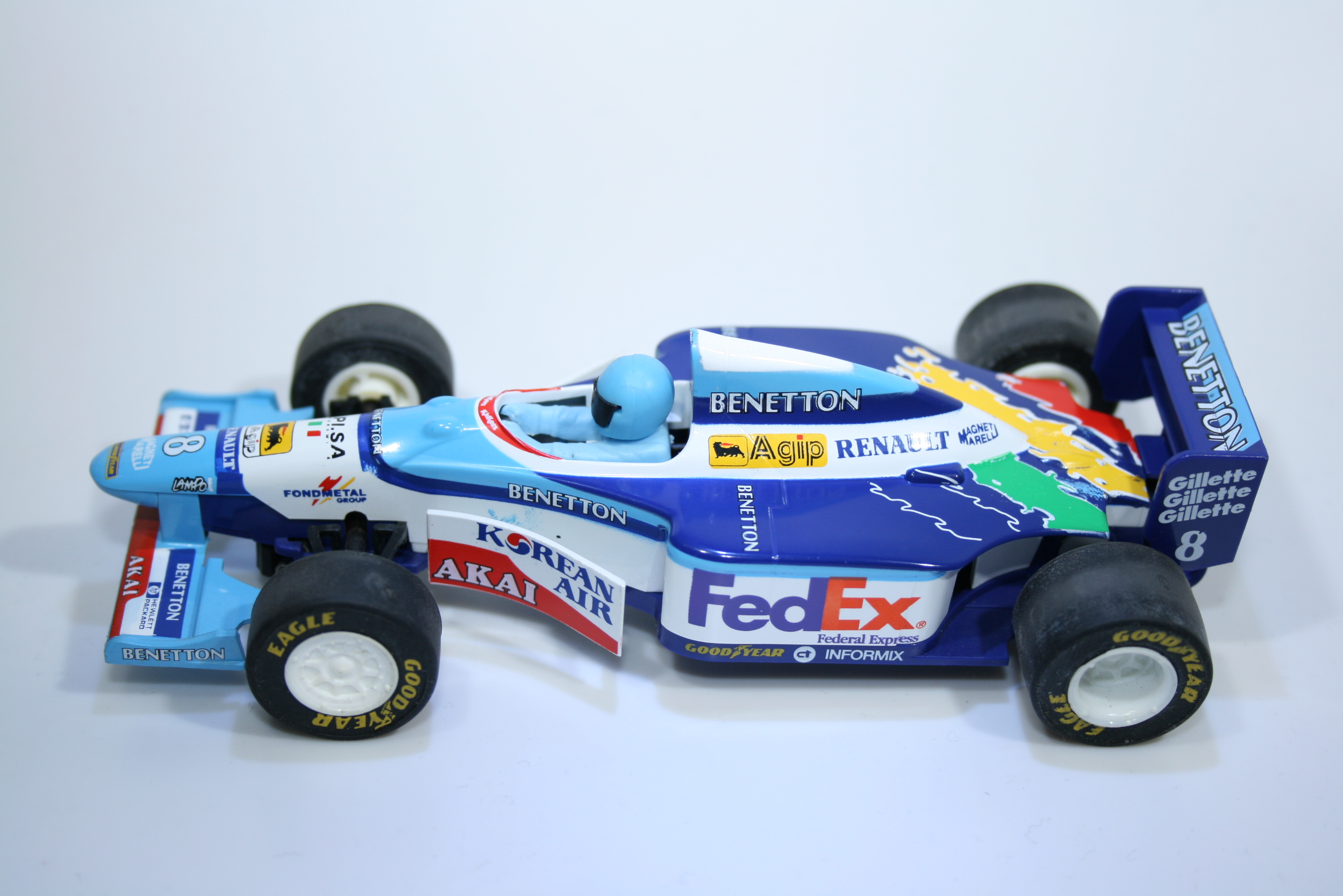 166 Benetton B197 1997 G Berger Scalextric C2106 L1 1998