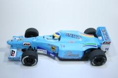 170 Benetton B200 2000 G Fisichella Scalextric C2266 2000 Boxed