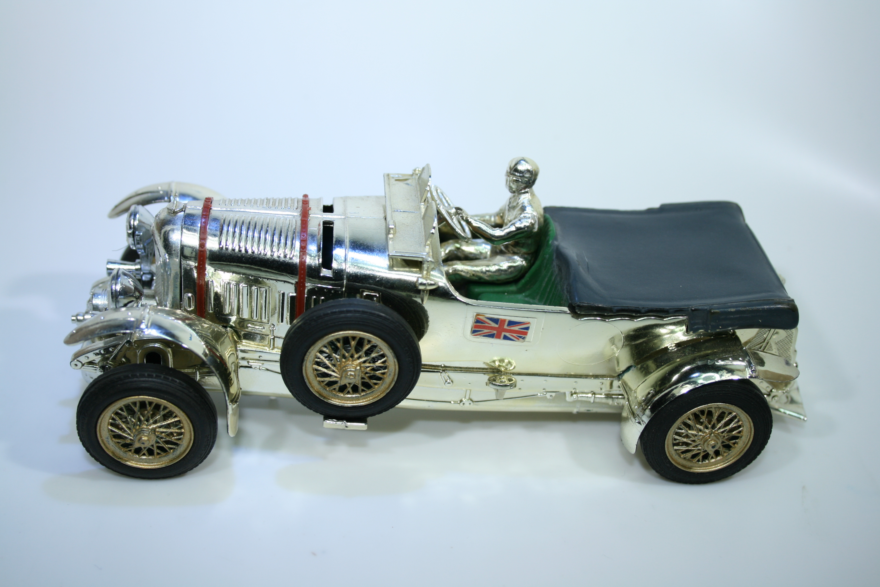 1251 Bentley 4.5L Supercharged 1927-31 T Birking Scalextric C64 Competition Prize