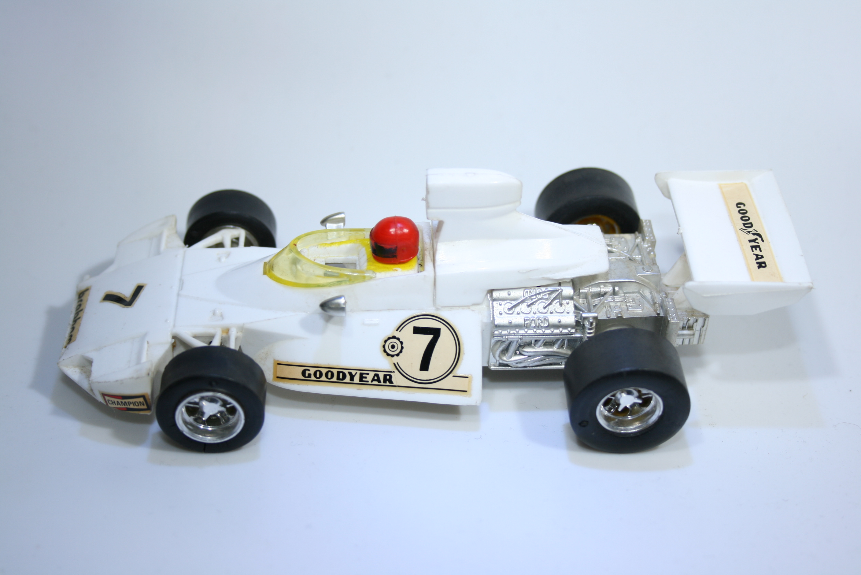 719 Brabham BT44 1975 Scalextric C122 Goodyear