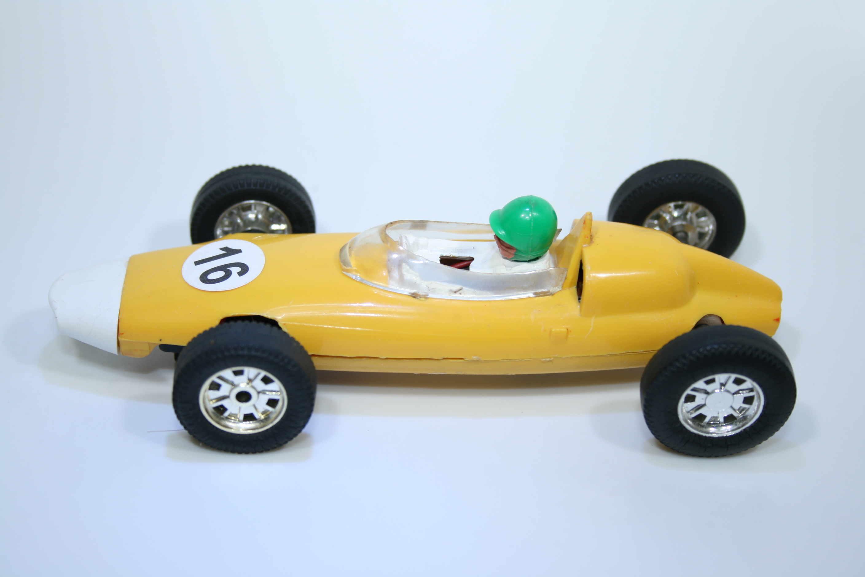 1104 BRM P48 Climax 1960-61 G Hill Scalextric C86 1966-67