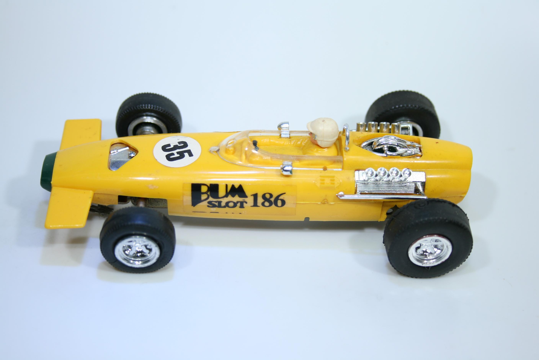1472 BRM B261 1966 J Stewart Bumslot 7004 1995 Boxed