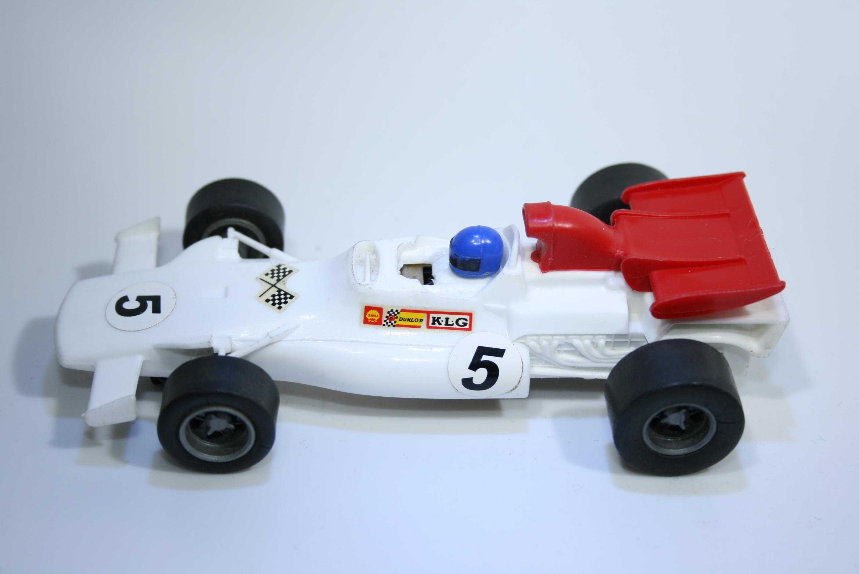 440 BRM P180 1972 - J P Beltoise Scalextric C101 1972