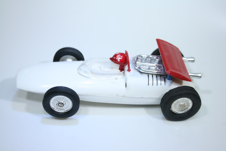 1385 Cooper T86B 1967 J Rindt National Toys