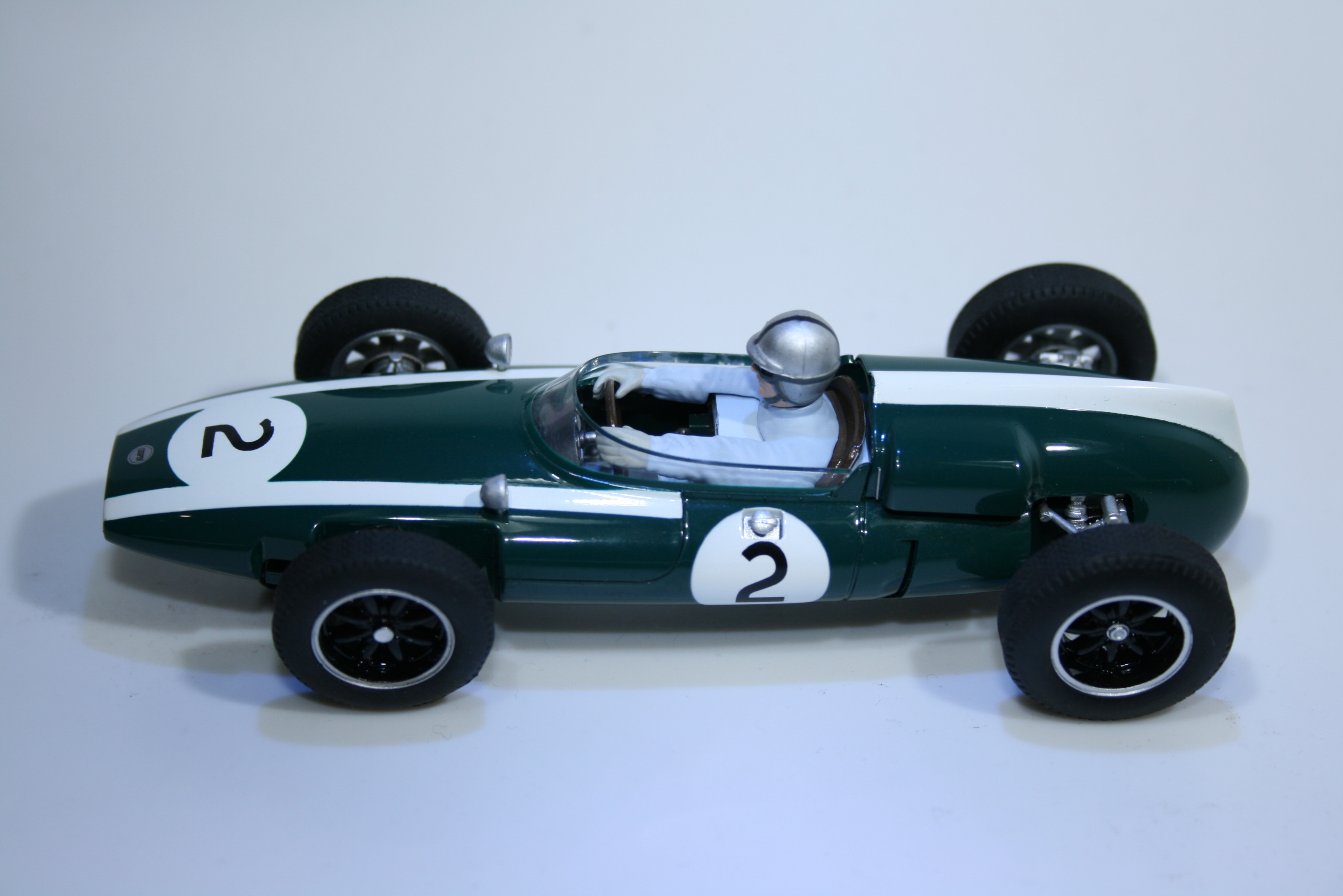 236 Cooper T53 Climax 1961 J Brabham Scalextric C2639A 2005 Boxed