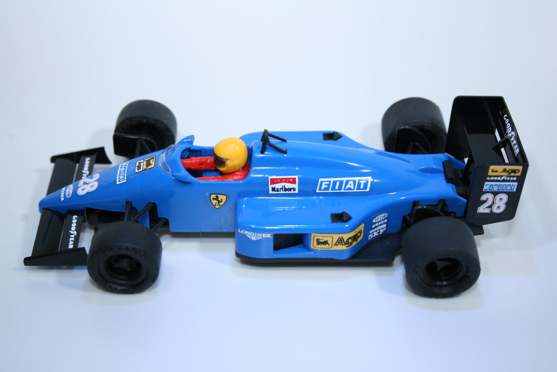 16 Ferrari F1/87 1987-88 G Berger SCX 4087 1989-92 Boxed