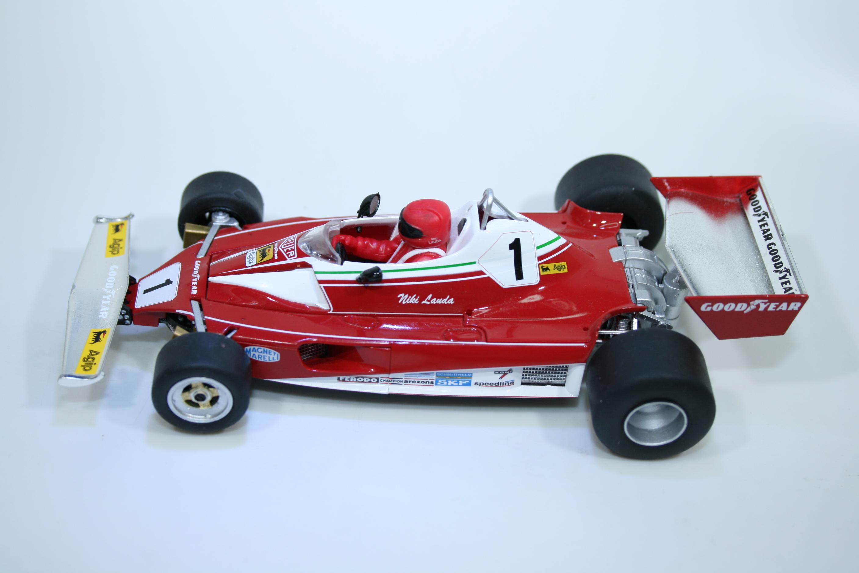 1635  Ferrari 312T2 1976 N Lauda Scalextric C4189A 2021 Boxed Set