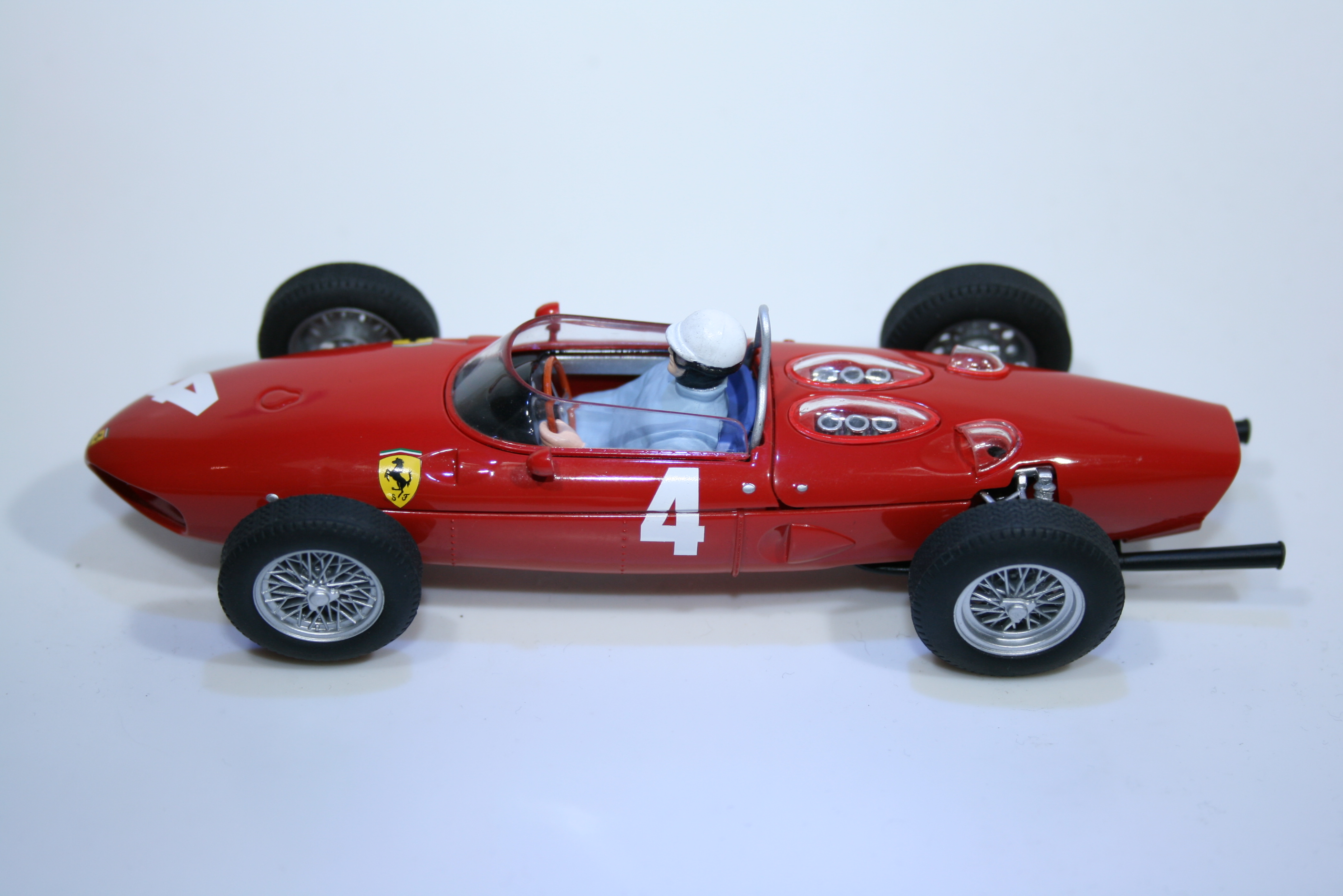 2 Ferrari 156 1961 P Hill Scalextric C2640A 2005 Boxed