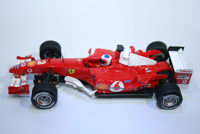 33 Ferrari F2004 2004 R Barrichello SCX 80720 2005