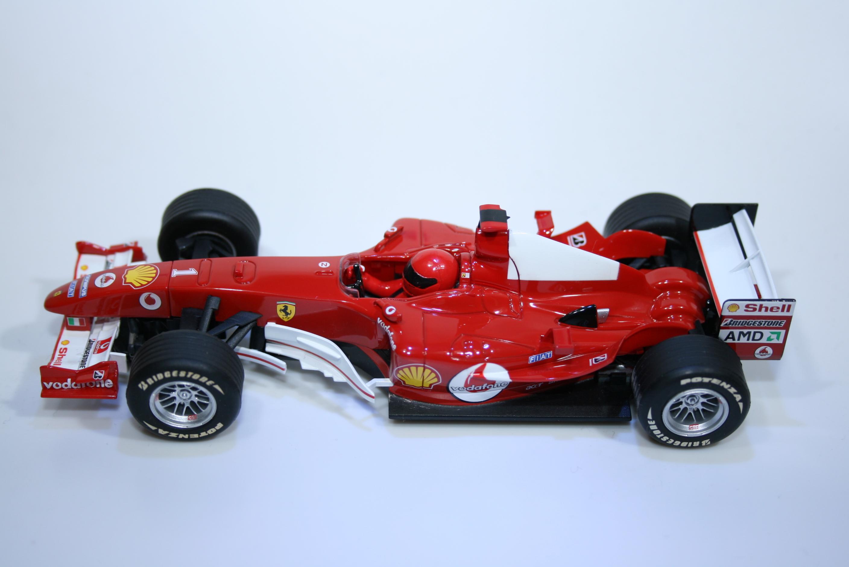 4 Ferrari F2004 2004 M Schumacher Scalextric C2676A 2005 Boxed