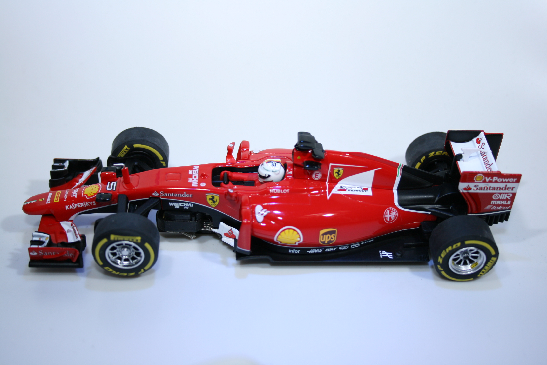 927 Ferrari SF15-T 2015 S Vettel Carrera 27528 2016 Boxed