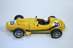 1419 Ferrari 246 F1 1958 M Hawthorn Penelope Pitlane