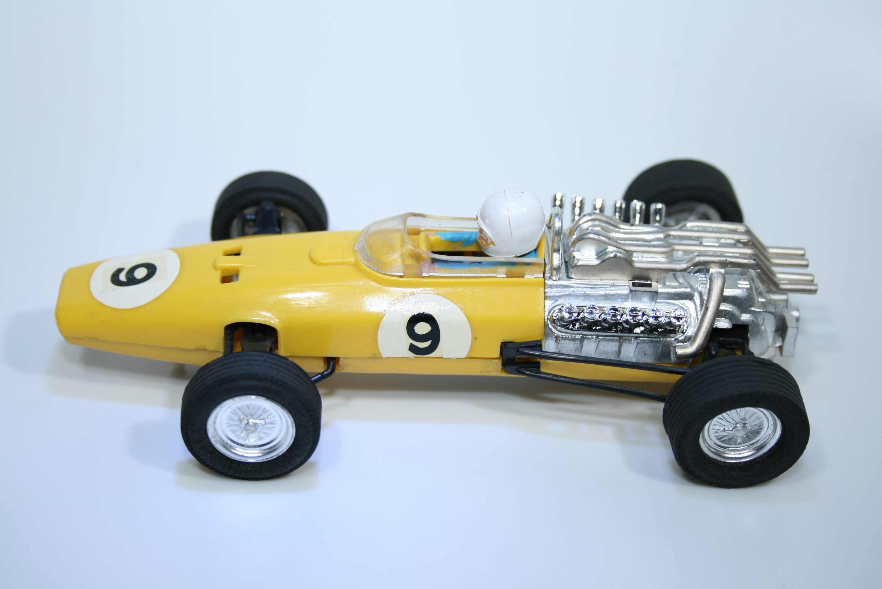1060 Honda RA273 1967 J Surtees Scalextric C36 1968-70 Mexico
