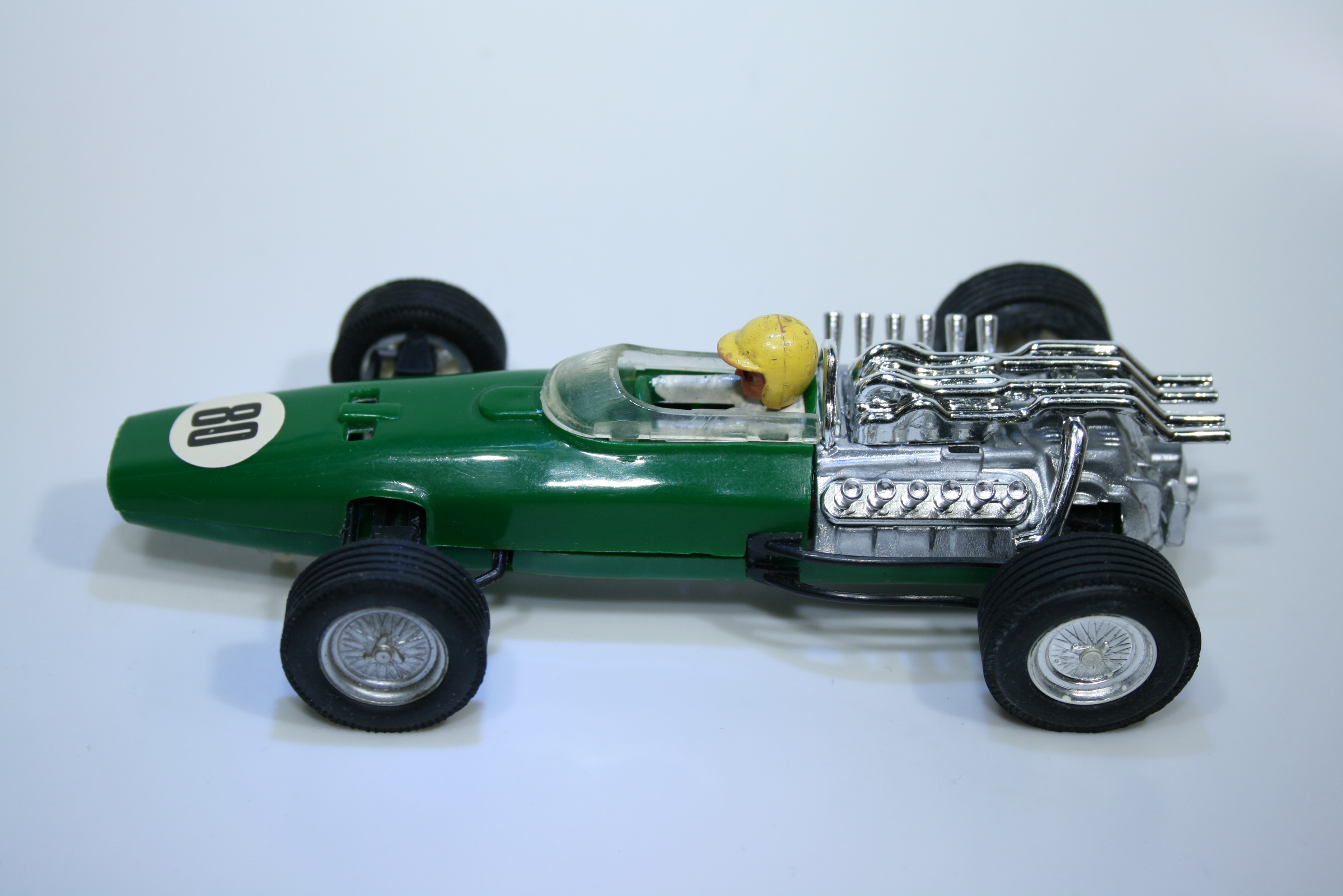 1125 Honda RA273 1967 J Surtees Scalextric  C36 1968-70 Mexico