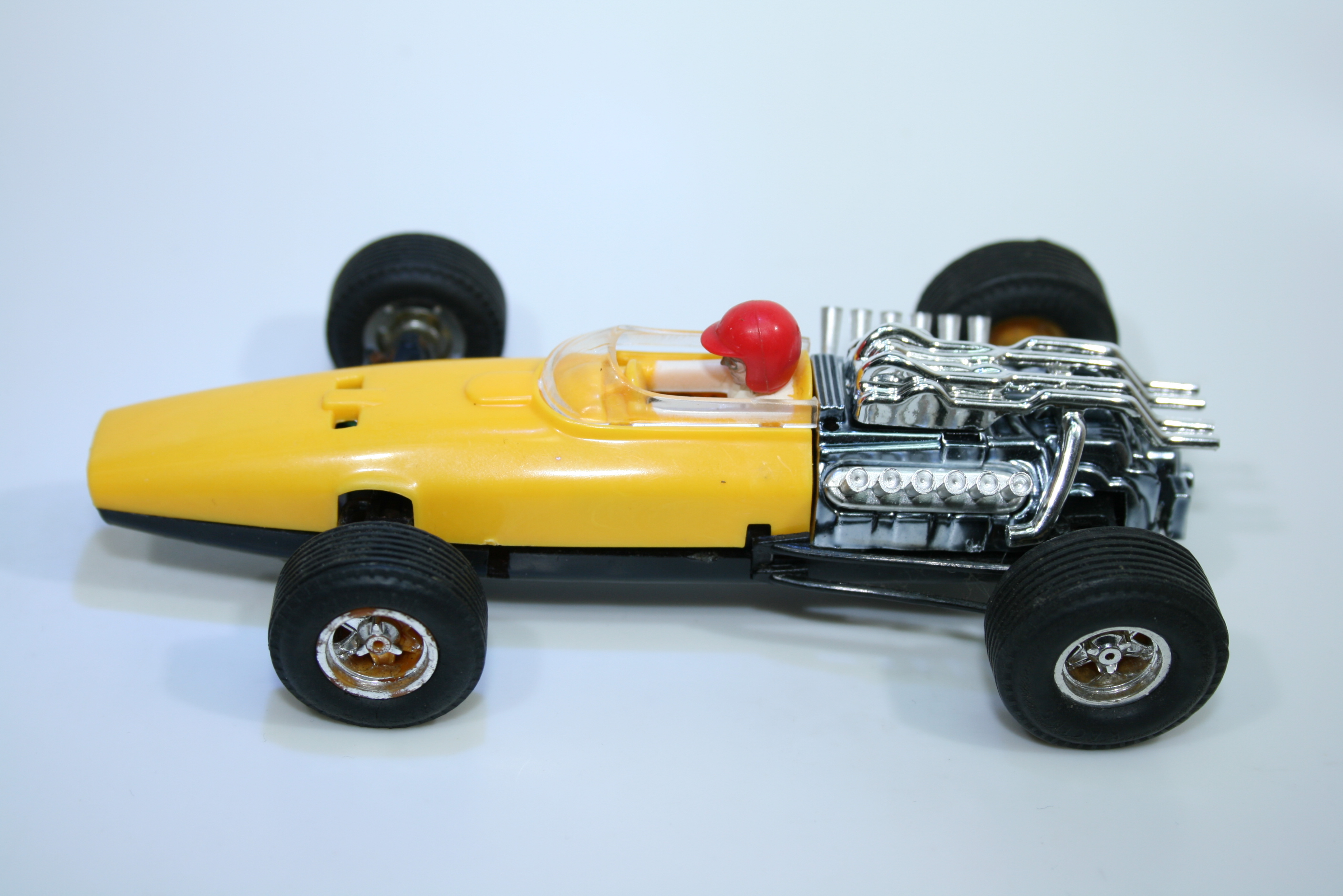 1259 Honda RA273 1967 J Surtees Scalextric C36 1968-70