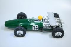 1671 Honda RA273 1967 J Surtees Reprotec 5035 2002