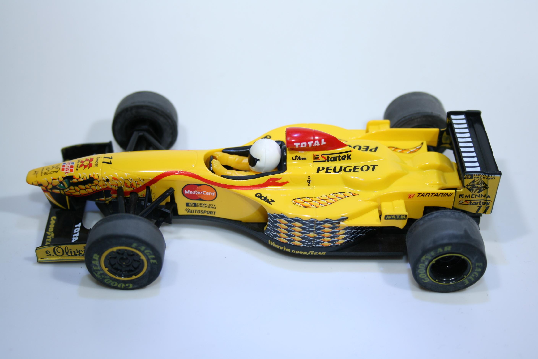 195 Jordan 197 1997 R Schumacher Scalextric C2079 1998 Boxed