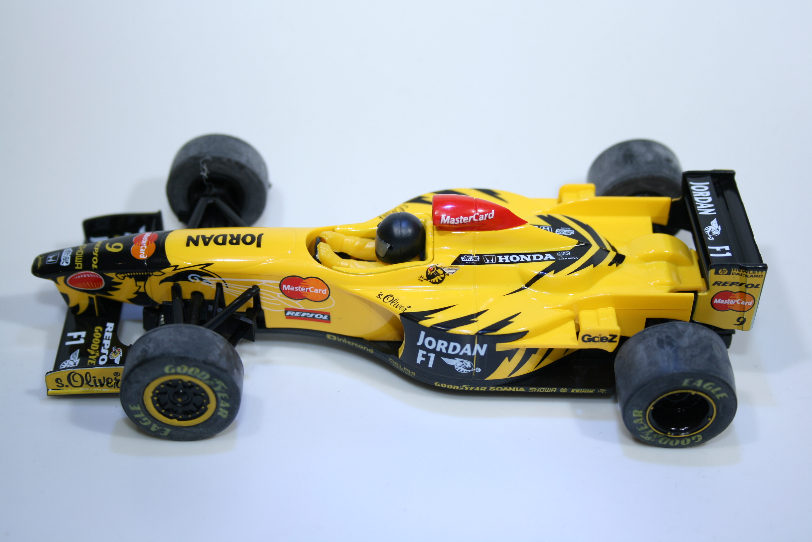 955 Jordan 198 1998 D Hill Scalextric C2126 1998 Boxed