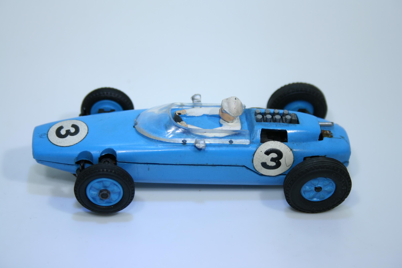 1011 Lotus 25 1962-67 J Clark SRM 1052 1963
