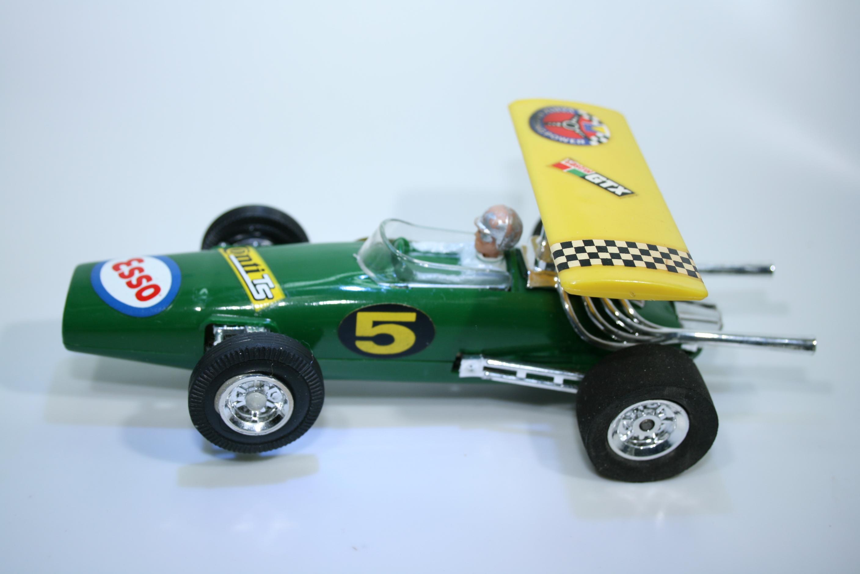 1016 Lotus 33 1964-67 D Chapman Gama 7003 1968 Boxed
