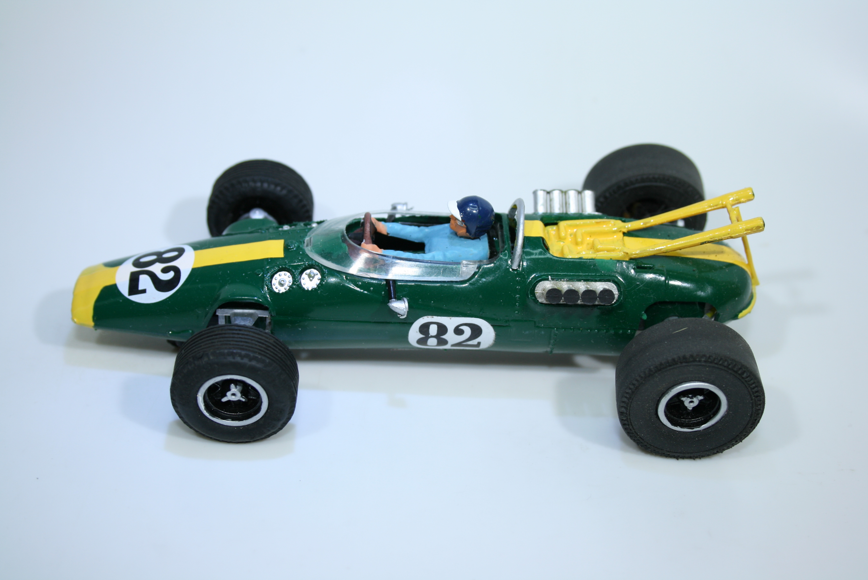 1457 Lotus 38 1965 J Clark Scalextric C8 Relivery 1969