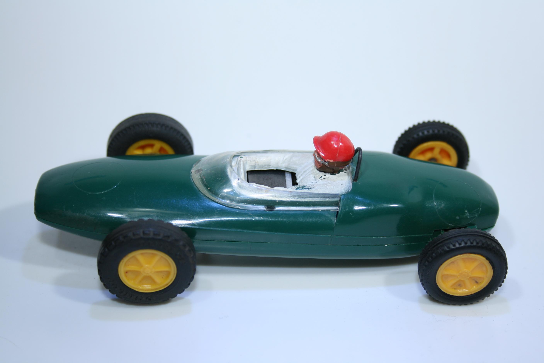 523 Lotus 21 1961 S Moss Scalextric C63 1962-63