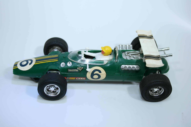 1372  Lotus 38 1965 J Clark Scalextric C8 FRA 1969