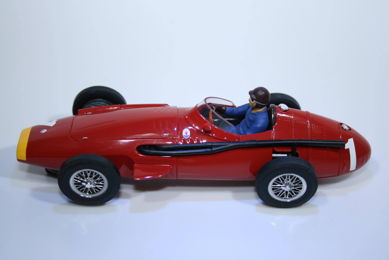 100 Maserati 250F 1957-58 J M Fangio Scalextric C2551A 2004 Boxed