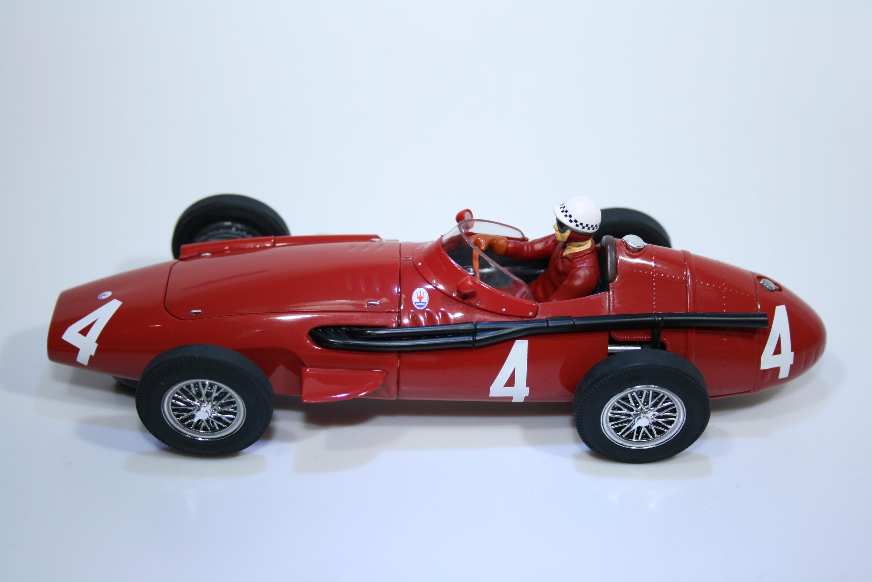 104 Maserati 250F 1957 J Bahra Scalextric C2662 2004 Boxed