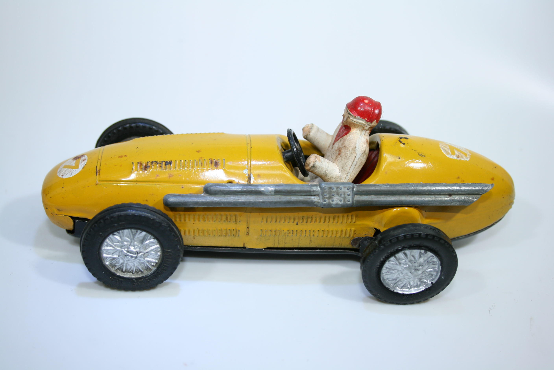 1309 Maserati 250F 1957 J M Fangio Scalextric 1957