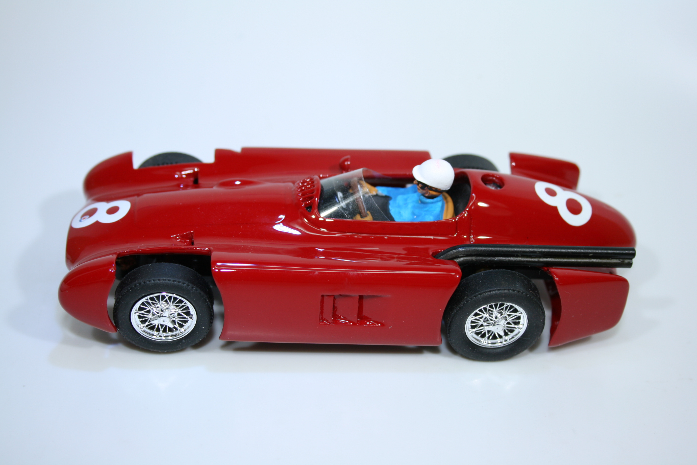 1459 Maserati 250F Streamline 1956 J Behra Bitume Slot Racing 029