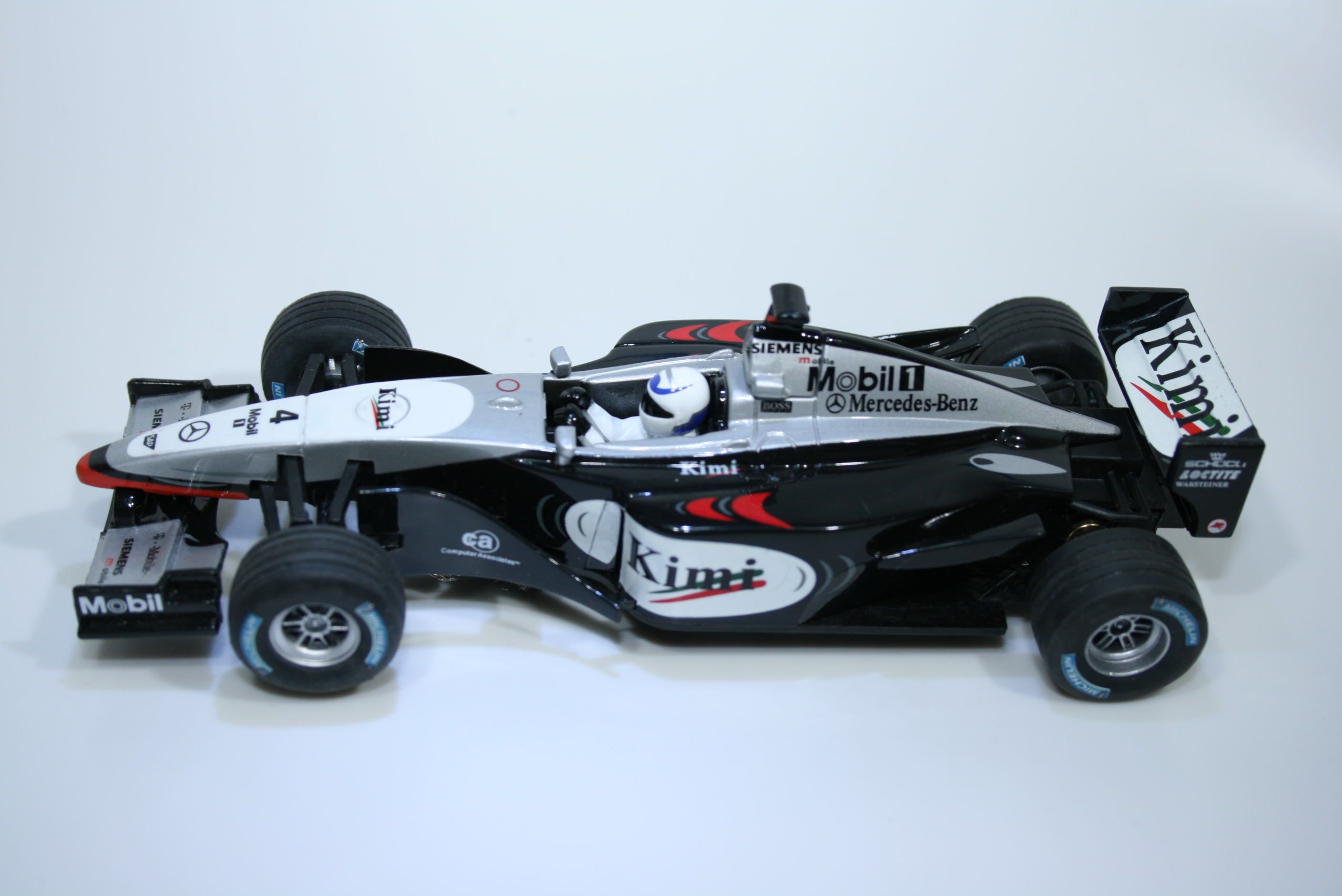 1034 Mclaren MP4/17 2002 K Raikannon Carrera 30271 2002