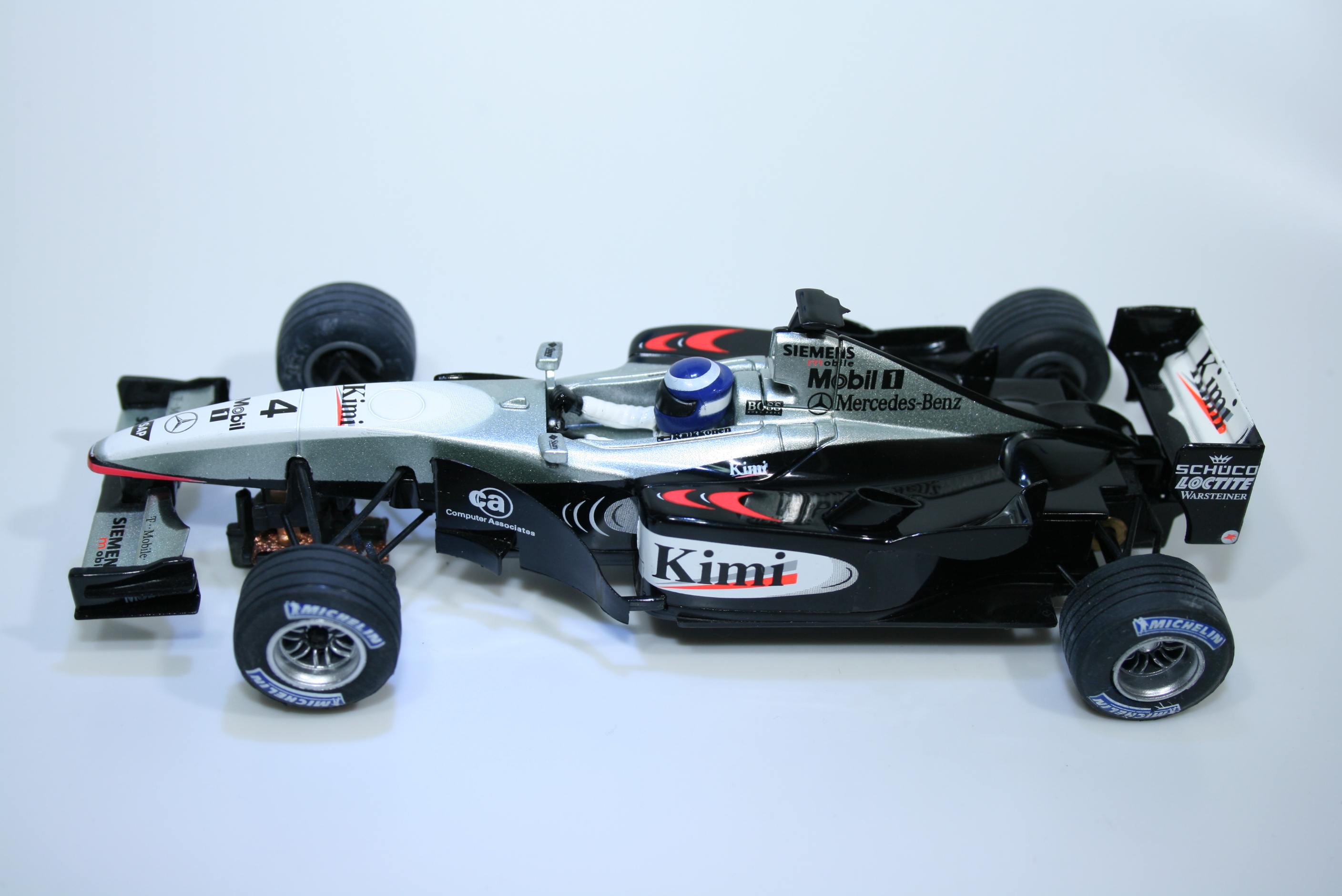 1054 Mclaren MP4-17 2002 K Raikannon SCX 61020 2003 Boxed