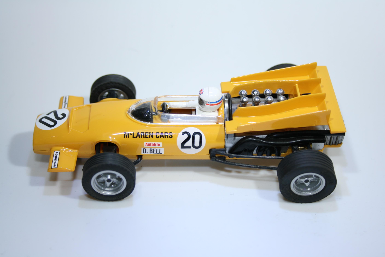 106 Mclaren M9A 1969 D Bell SCX 6205 2006 Boxed