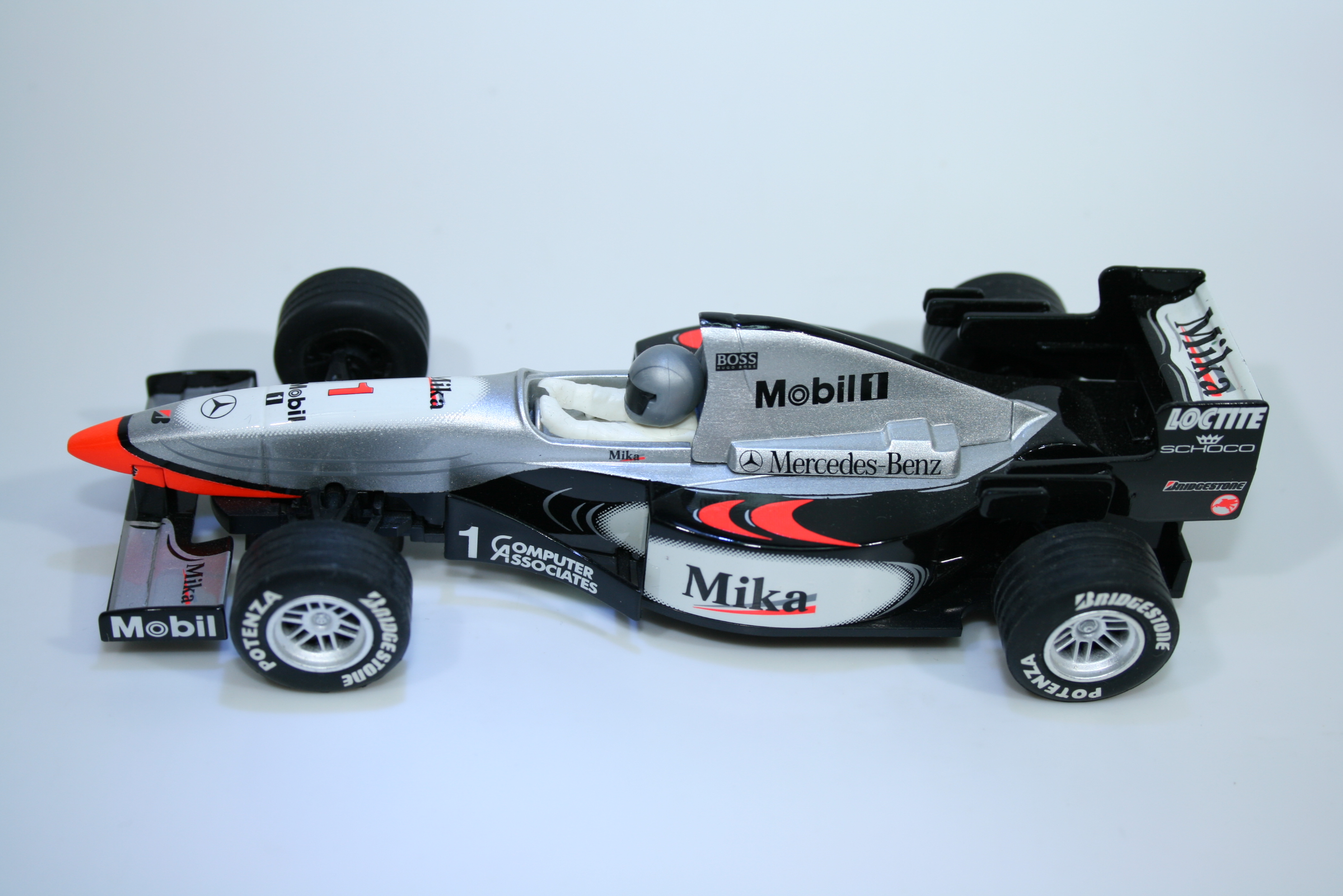 1234  Mclaren MP4/10 1999 M Hakkinen Scalextric 1999 C2260 Boxed Factory Hand Painted Pre Production