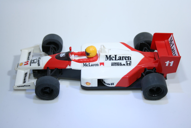 36 Mclaren MP4/4 1988 A Prost SCX 8326 1990