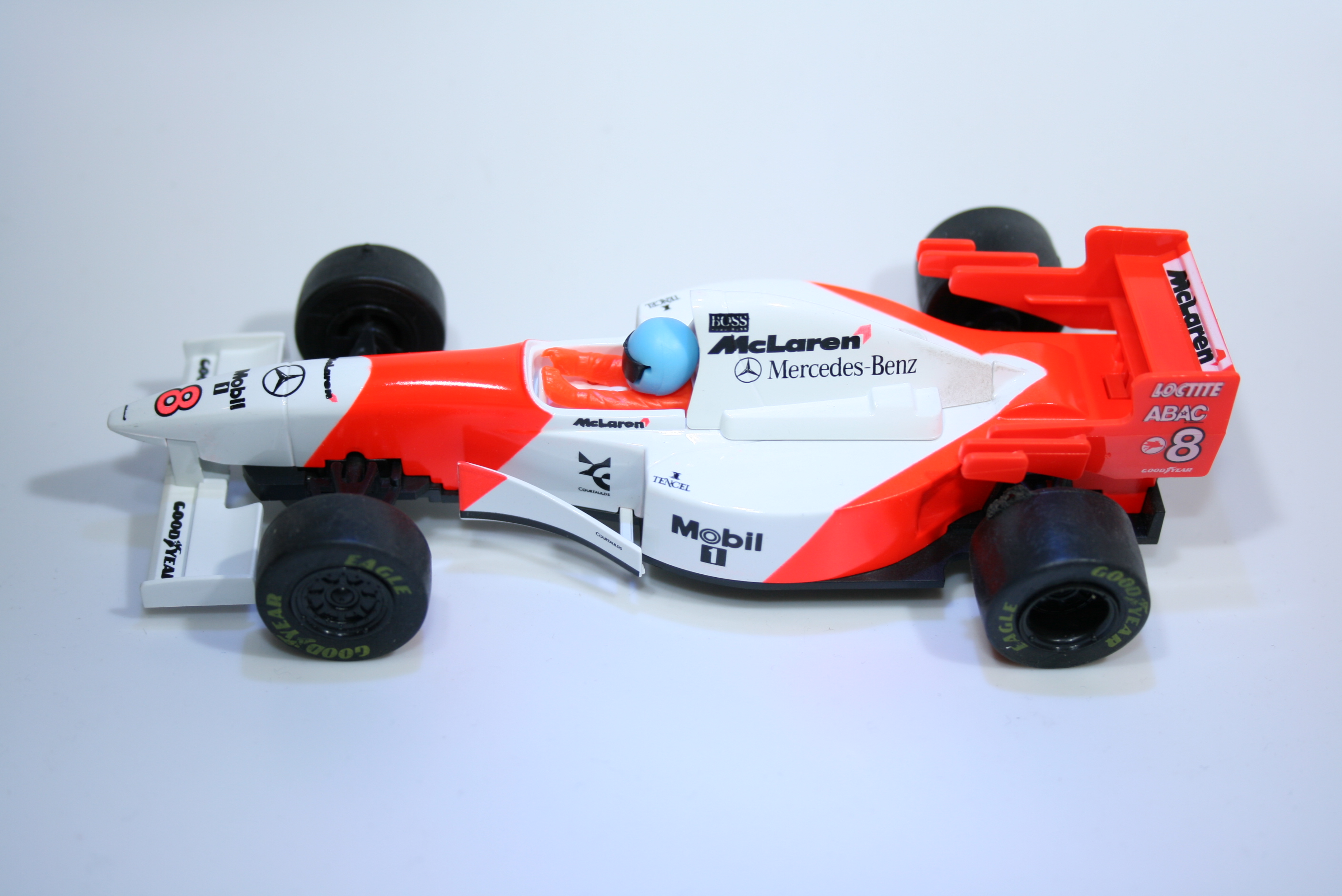 40 Mclaren MP4/10 1995 M Hakkinen Scalextric C2004 1997 Boxed