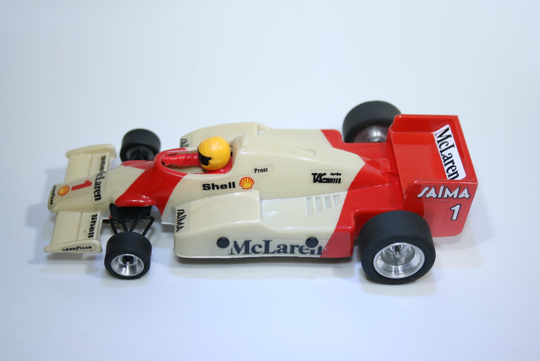 500 Mclaren MP4/2B 1985 A Prost SCX 7034 1986 Boxed
