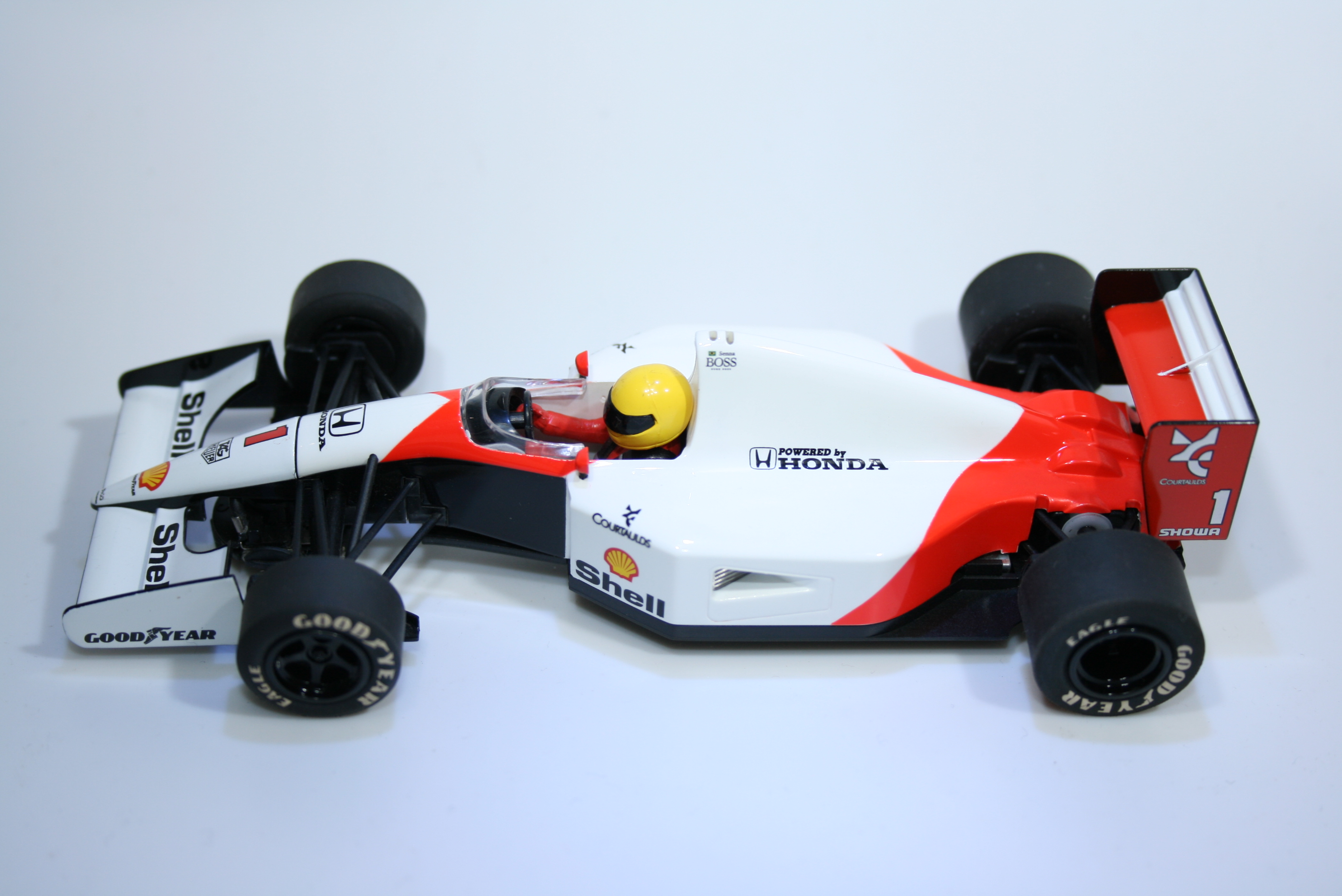 633 Mclaren MP4/6 1991 A Senna Scalextric C3095 2010 Boxed