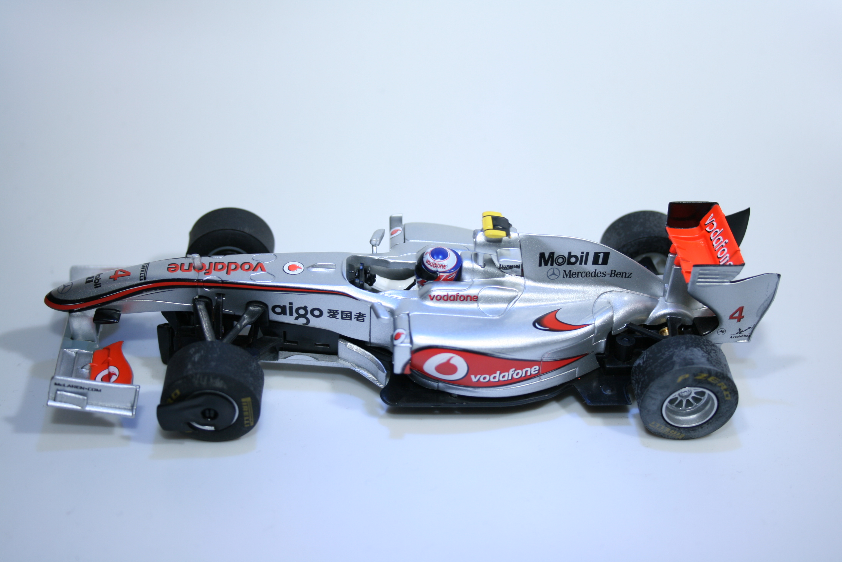 704 Mclaren MP4/26 2011 J Button SCX A10080 2012 Boxed