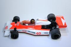 323 Mclaren M23 1976 G Villeneuve Scalextric C2800 2007 Boxed