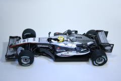 384 Mclaren MP4/20 2006 J P Montoya Carrera 27120 2007 Boxed