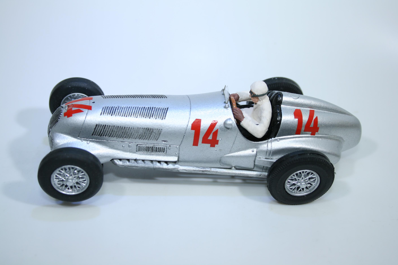 1543 Mercedes W125 1937 R Caracciola GTM 2014