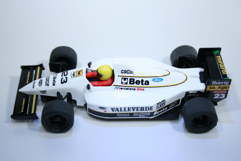 745 Minardi M193 1993 C Fittipaldi SCX 8374 1994