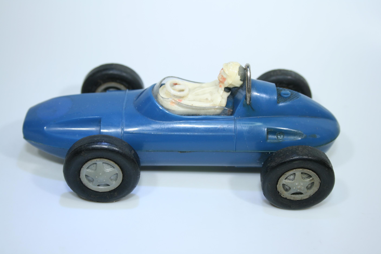 1493 Team Car ITES Doutnik 1968
