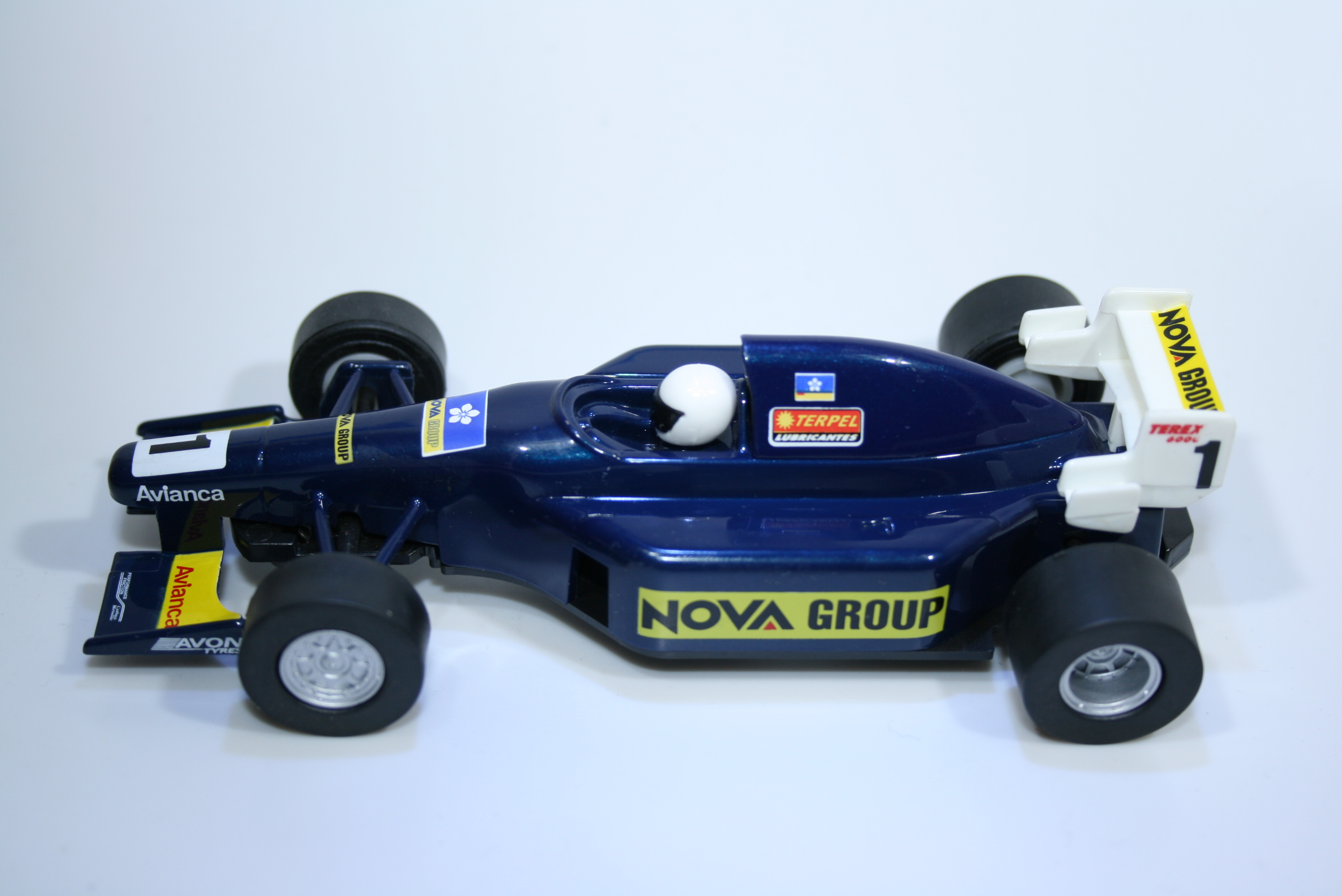 219 Scalextric Team Car Nova Group C2459 2002-2003