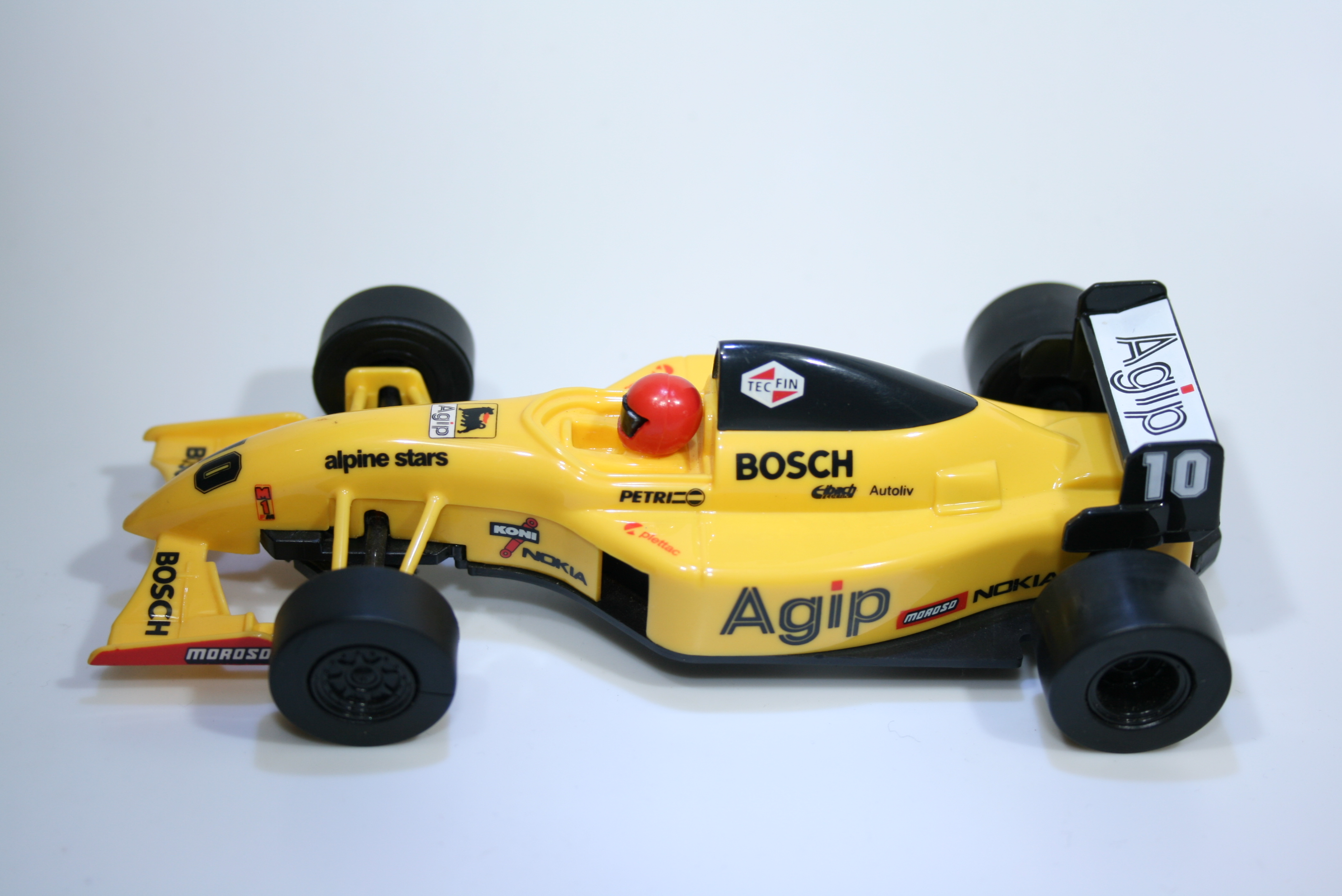 252 Scalextric Team Car Agip C2112 2000-2001